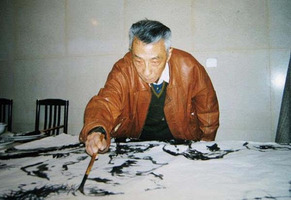 转中国网:纪念曹大铁诞辰100周年书画作品展在常熟开幕