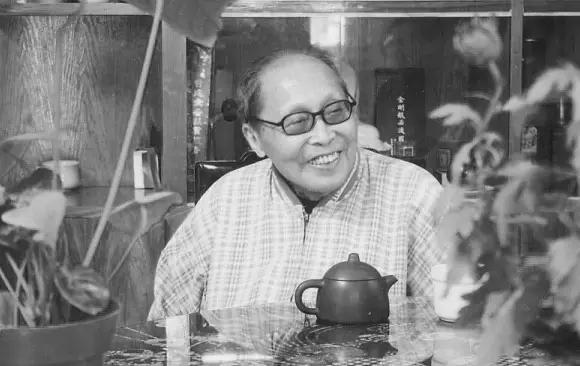 沙曼翁90岁秦篆示范视频,教学干货!