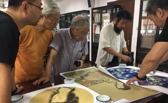 上海名家艺术品鉴定评估中心免费鉴宝活动启动